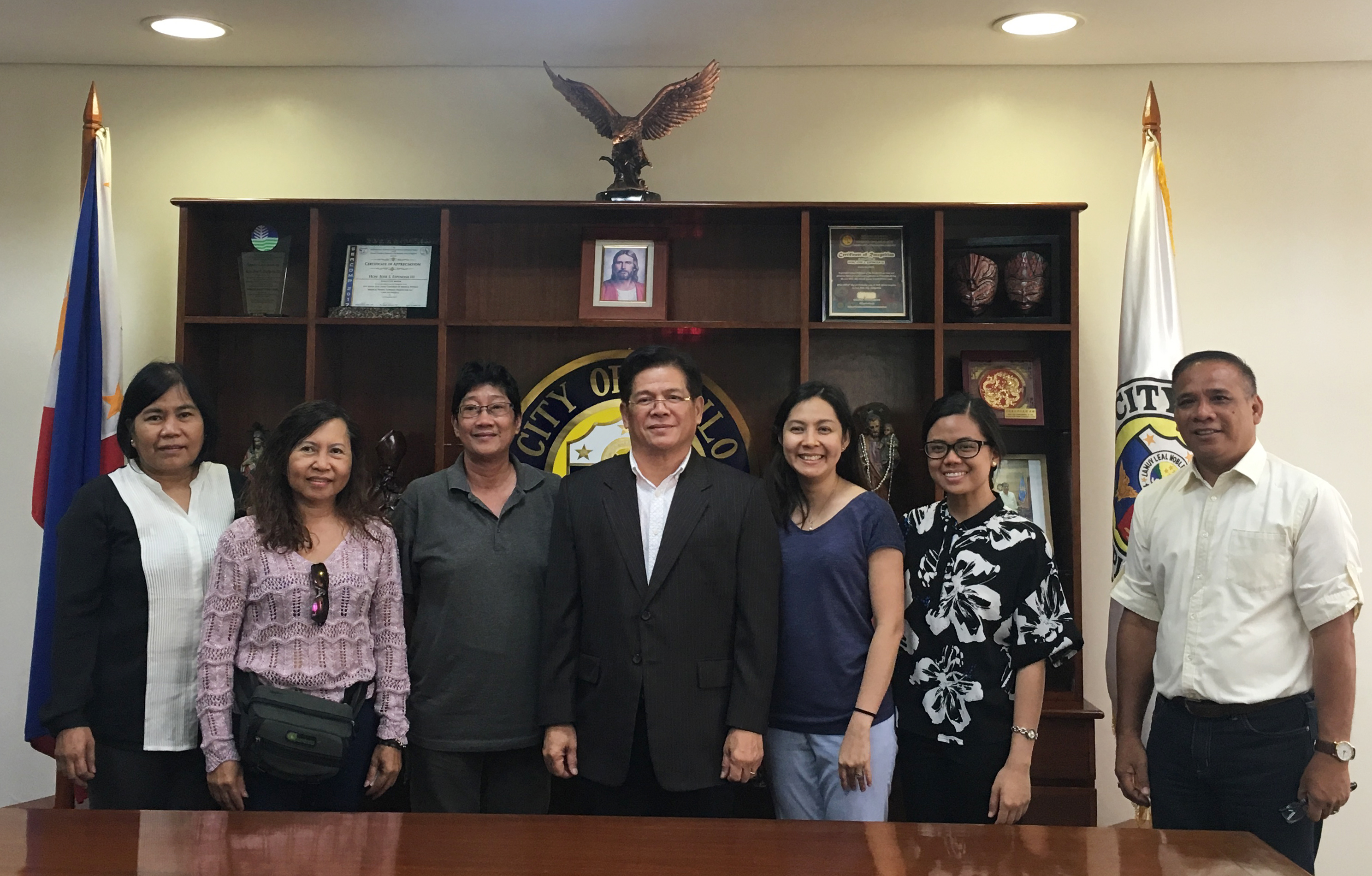 PEMSEA staff meeting with the Mayor of Iloilo City Jose Espinosa III and others