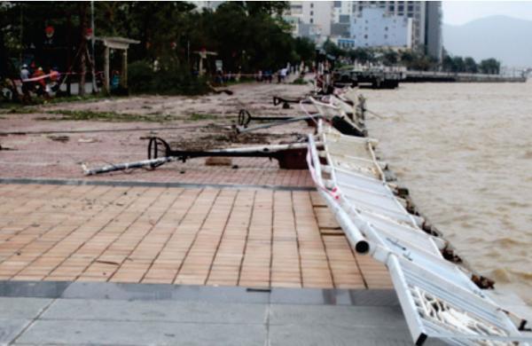 Damage to Da Nang