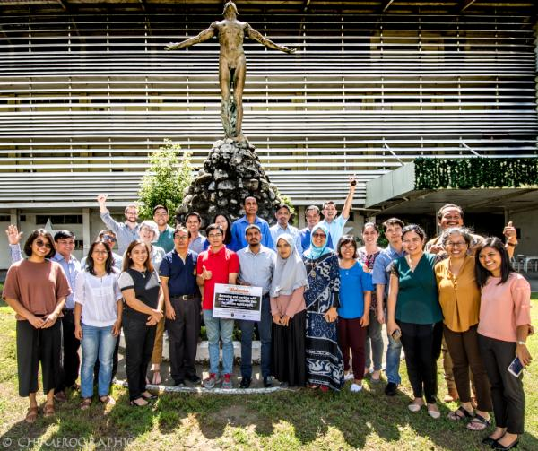 Training participants with trainers and organizers from PML, PEMSEA and UPV on Day 1 of Satellite Data Training Course.